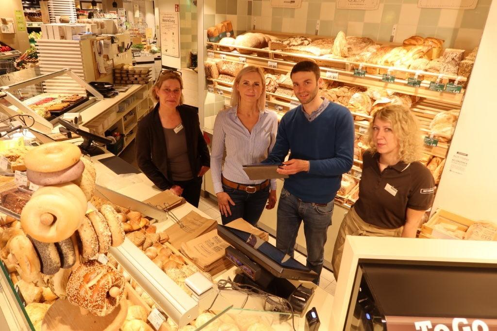 Projektteam der Bio Company mit Tobias Pfaff in Filiale